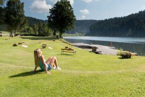 badeurlaub-schwimmen-see-trinkwasser